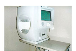世界標準の視野計測機
