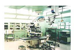 硝子体手術で有名なドイツのエッカードDr.お勧めの手術器